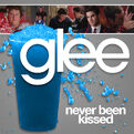 S02e06-00-never-been-kissed-051