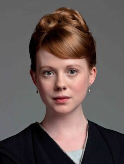 S2-zoe-boyle-as-lavinia-swire 595