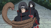 Orochimaru attacks Itachi
