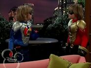 The Suite Life of Zack and Cody - S03E04 - Super Twins.avi 001275505