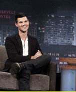 Taylor-lautner-jimmy-kimmel-06