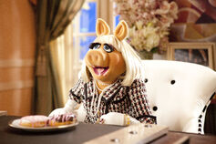 Muppets2011stillpiggy