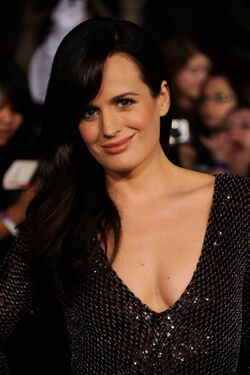 Actress Elizabeth Reaser