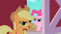 Applejack forcing construction noises S1E25