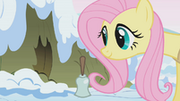 Fluttershy waking up porcupines S1E11