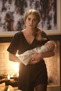 Rosalie holding Renesmee