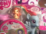 Rainbow Dash toy 1
