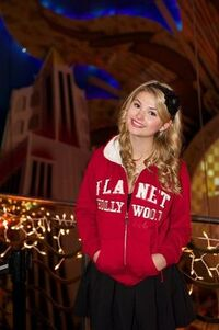 Normal Stefanie Scott-Planet-Hollywood4
