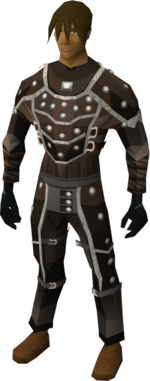 Trimmed leather armour set equipped
