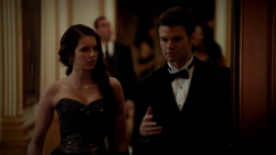 3x14-Dangerous-Liaisons-elijah-29029519-1280-720