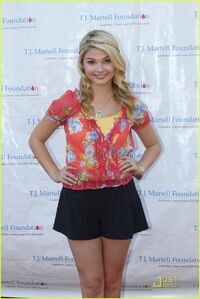 Stefanie-scott-jake-short-tj-01