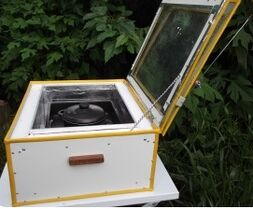 Full Sun Solar Cooker 2, 3-28-12