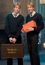 Fred y George Harry Potter y la orden del fenix