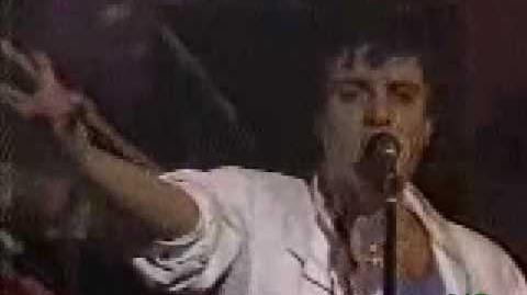 Duran duran hold back the rain HAPPY NEW YEAR 1983 (2 8)
