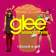 Rachel and Santana I Kissed a Girl