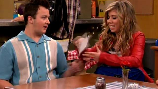 "ICarly ""iOpen a Restaurant"""