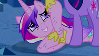 Princess Cadance seeing Twilight S2E26