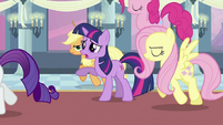 Twilight's friends leaving Twilight S2E25