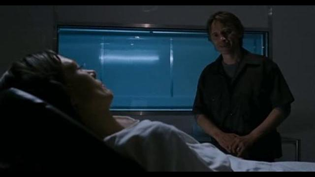 28 Weeks Later - Don gets infected and kills Alice