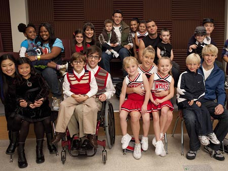 Glee-kids-group_450.jpg