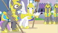 Royal guard didn&#39;t notice S2E25