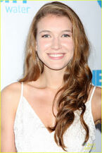 Holland-roden-nathalia-ramos-gala-06