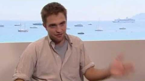 Robert Pattinson talks Kristen and the premiere of Cosmopolis