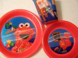 Jay franco 2011 sesame street crayon elmo school tablesetting