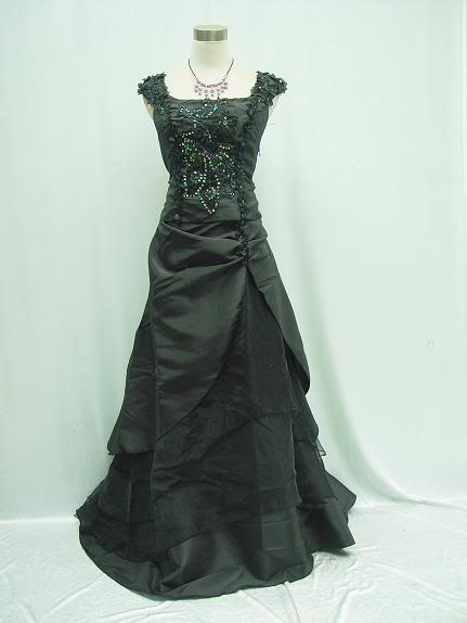 Gothic-black-wedding-dresses