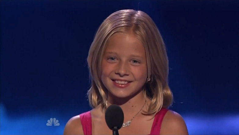 Jackie Evancho - Images Colection