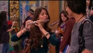 212px-VICTORIOUS S01E10 Becks Big Break-001