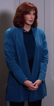 Beverly Crusher, uniform with overcoat