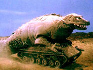 Dino-Tank running
