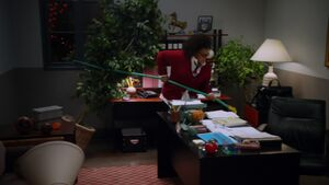 1x07-Shirley hose Slaters office