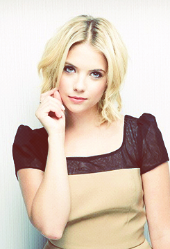 http://images4.wikia.nocookie.net/__cb20121122050618/prettylittleliars/images/b/b2/Ashley.png