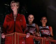 Sue,Quinn and Santana durring Don't Stop Believing'