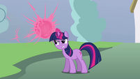 Twilight teleports the parasprites away S3E05