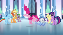 Pinkie Pie playing the flugelhorn S3E1