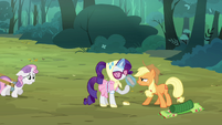Applejack &#39;some of us didn&#39;t pack as light as the others&#39; S3E06