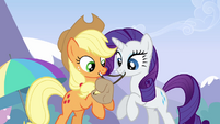 Applejack and Rarity getting Rainbow&#39;s bag ready S3E7