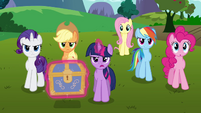 Twilight and her friends &quot;time to get started&quot; S03E10