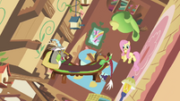 Discord and Fluttershy in spinning cottage S03E10