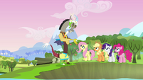 Discord and main cast &quot;sight for sore eyes&quot; S03E10