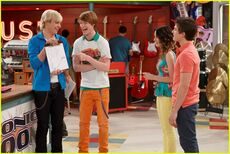 Austin-ally-complications-stills-10