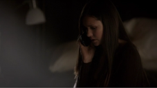 Elena-Gilbert-has-the-Pebble-Blue-Samsung-Galaxy-SIII-on-The-Vampire-Diaries-Season-4-Episode-2-Memorial