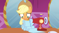 Applejack can't do this S3E13.png