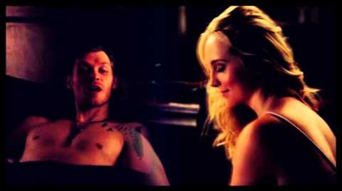 'Klaus and Caroline (4x16)' − Dirty Thoughts About You