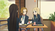 Mio, ritsu and mugi french fries