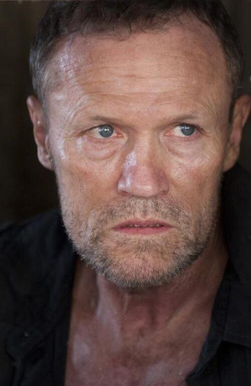 Merle dixon tv series walking dead wiki for Mural walking dead