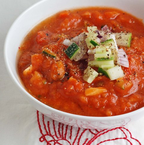 Mexican Shrimp Gazpacho with Cucumber and Tomatoes - Recipes Wiki